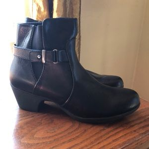 Size 9 black ankle boots. NWOT